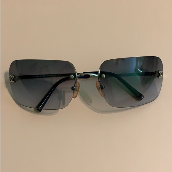 CHANEL Accessories - Authentic CHANEL sunglasses